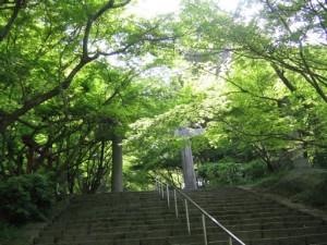 宝満山の登山口「かまど神社」